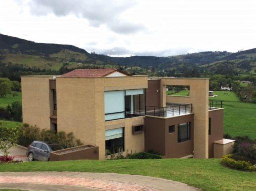 Valle Alto – La Calera